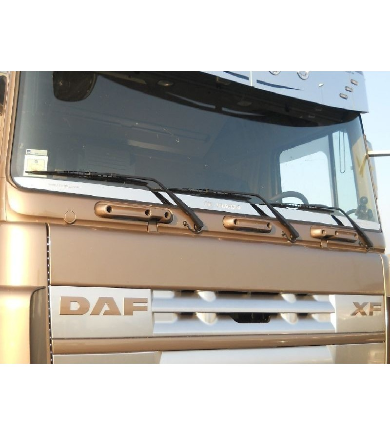 DAF XF Window strip Stainless - 046D - Stainless / Chrome accessories - Acitoinox - Italian series - Verstralershop