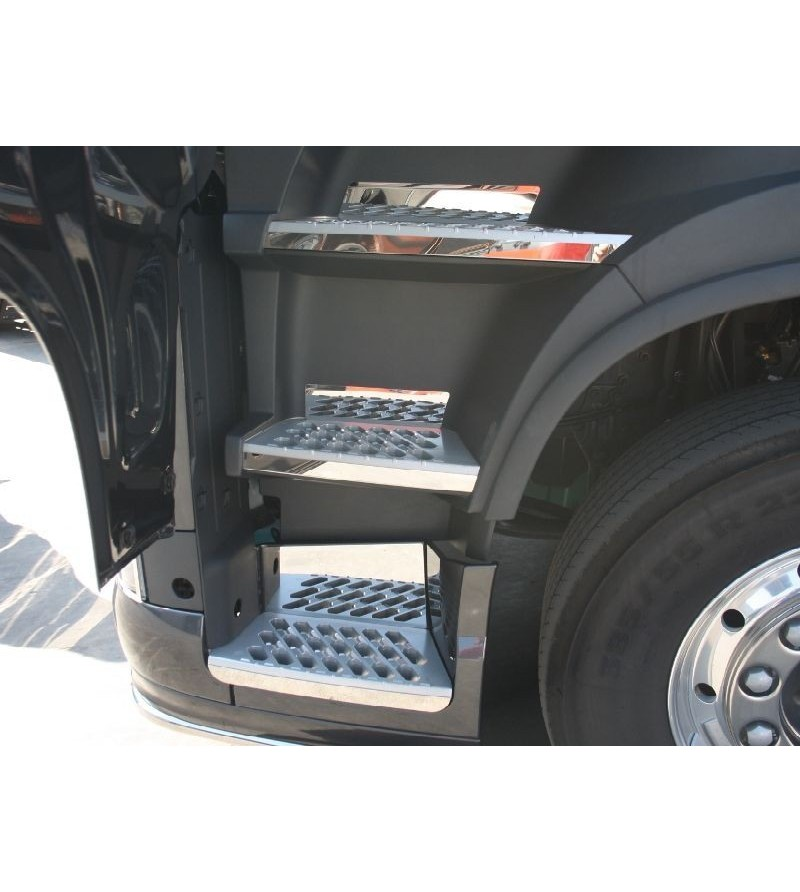 Volvo FH 2013- steps stainless - 013VFH2013 - Stainless / Chrome accessories - Acitoinox - Italian series - Verstralershop