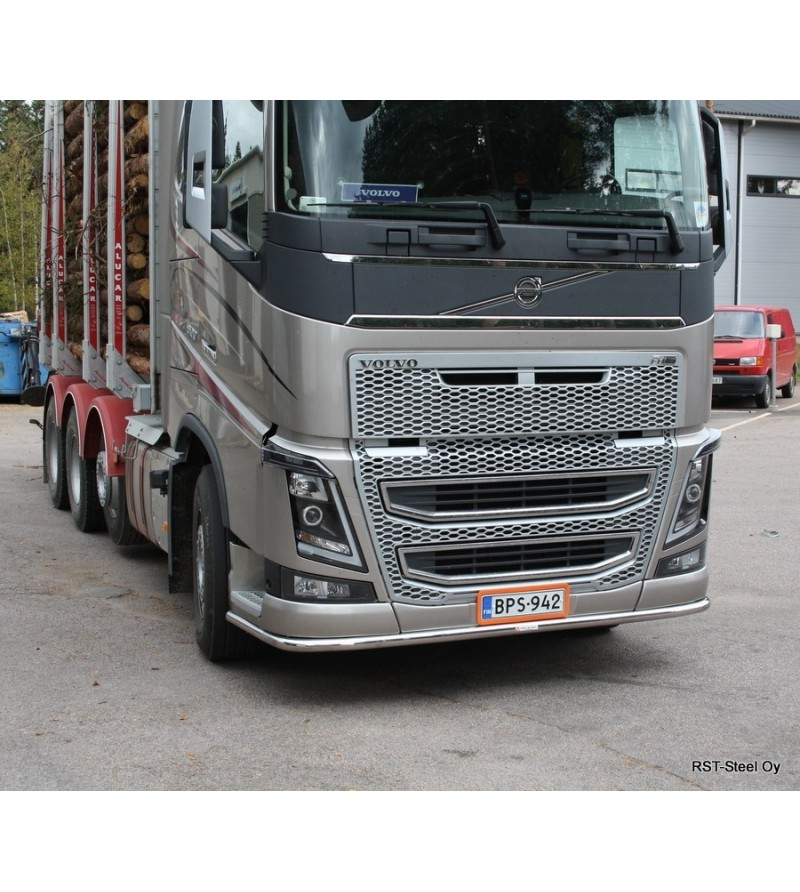 2013 Volvo Xc70 Exterior: Volvo FH 2013- Front Pipe