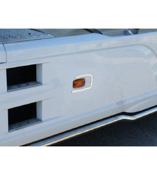DAF XF 106 Skirt Light Application (Left Side) - 016DXF106 - RVS / Chrome accessoires - Acitoinox - Italian series - Verstralers