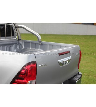 TOYOTA HILUX 16+ CARGO BED PROTECTOR Protector edge of tailgate pcs - 835665 - Stainless / Chrome accessories - Metec Car/SUV