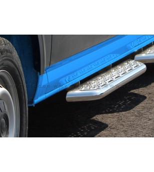 MAN TGE 17+ RUNNING BOARDS VAN TOUR for sliding door - 888601TGCR-S - Sidebar / Sidestep - Metec Van