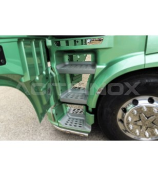 DAF XF 106 cover steps (8 pcs) - 019DXF106 - Stainless / Chrome accessories - Acitoinox - Italian series - Verstralershop