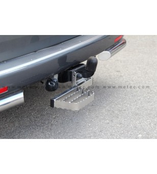 PEUGEOT PARTNER 08+ RUNNING BOARDS to tow bar RH LH pcs - 888422 - Rearbar / Opstap - Metec Van - Verstralershop