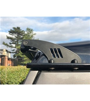 Defender Lazer Linear-48 Roofbar Kit